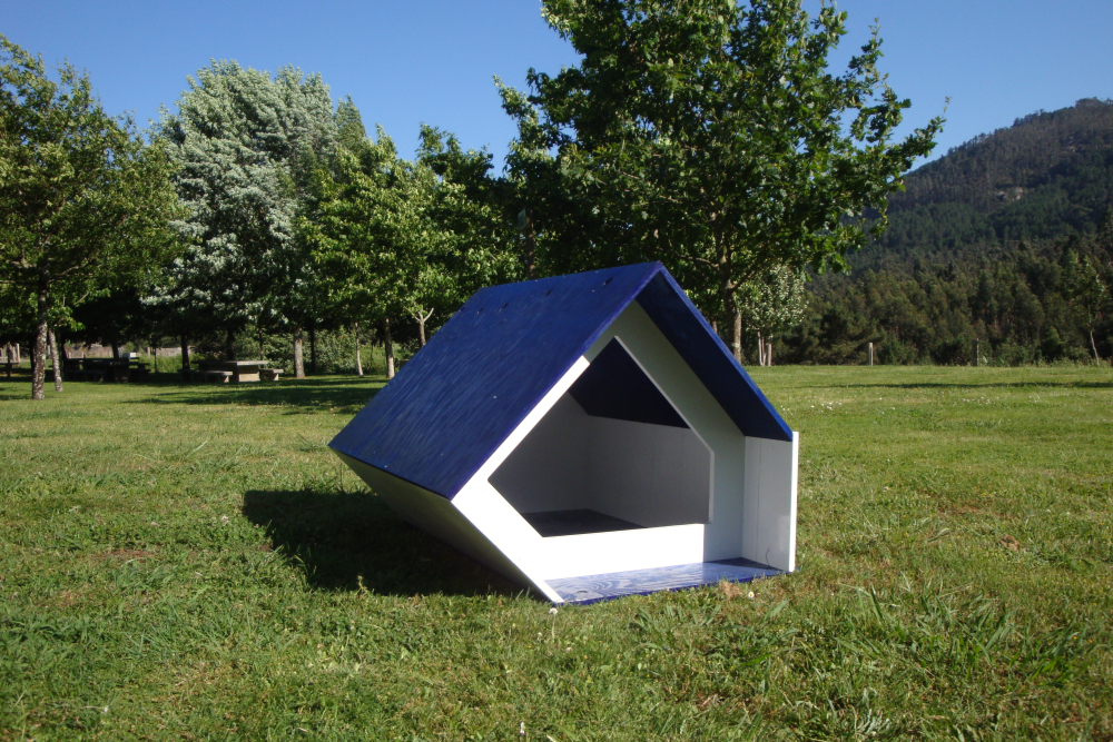 dog house shape